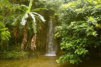 天星桥景区水上石林瀑布
