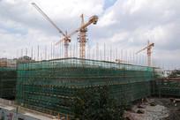 建设中的新会东区学校