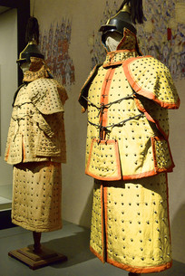 八旗盔甲制服-正黄旗和镶黄旗