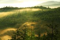 大兴安岭层峦朝阳风景