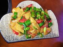 土豆片炒辣椒