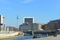 柏林电视塔及施普雷河沿岸
