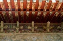 北京孔庙画梁雕栋特写