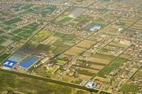 航拍上海浦东远郊的原野风光