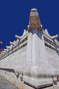 北京故宫的栏杆及排水龙头雕塑