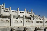 北京故宫的栏杆龙头雕塑