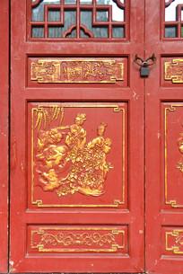 传统人物金漆木雕