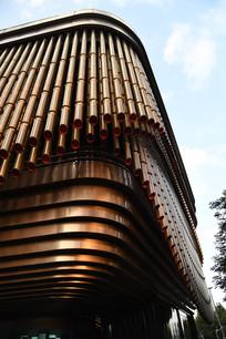 上海外滩金融中心金属外墙一角