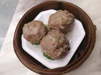 蒸笼牛肉丸美食图片