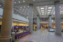 地铁重庆北站站内景俯拍