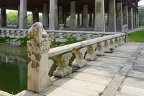 韩国景福宫庆会楼石栏杆