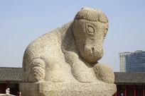 韩国景福宫勤政殿石雕马