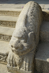 韩国景福宫勤政殿石刻狮形兽