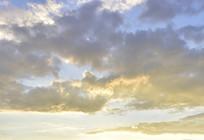 暖色的云霞