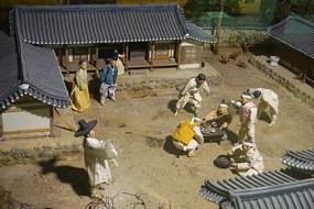 韩国家庭春天传统习俗雕塑