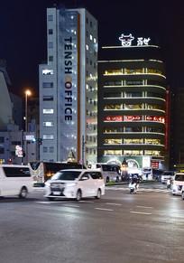 东京街头夜景