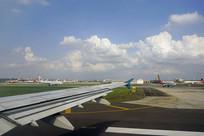 繁忙的成都机场空港