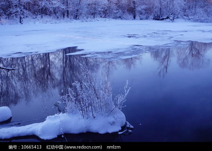 大兴安岭根河不冻河风光图片