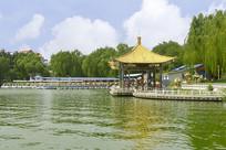 北京陶然亭湖-澄怀亭-知津亭