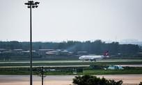 飞机场远景