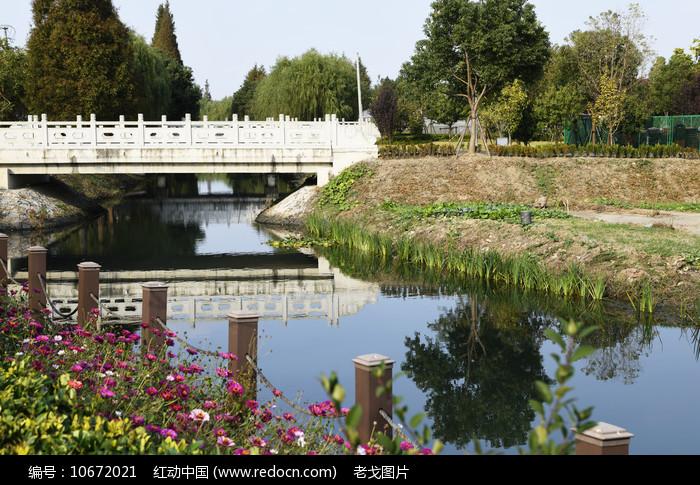 一桥三影图片