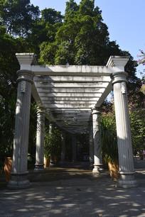 西式柱子建筑