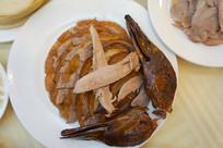 北京的特色烤鸭