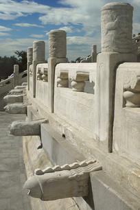 北京天坛祈年殿云柱和凤凰雕塑