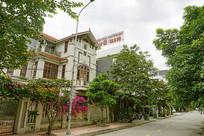 海阳省街道的越南餐厅