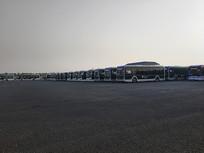 大型公交站