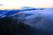 大兴安岭森林烟云风景