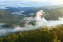 大兴安岭森林云雾升腾