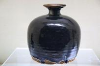 黑釉矮腹梅瓶金代