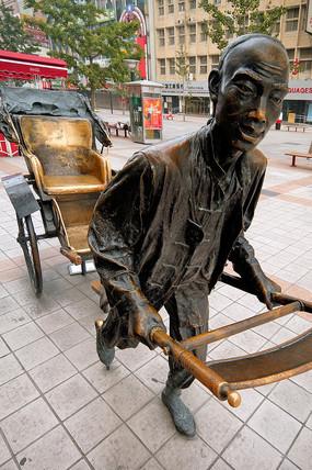 老北京黄包车雕塑