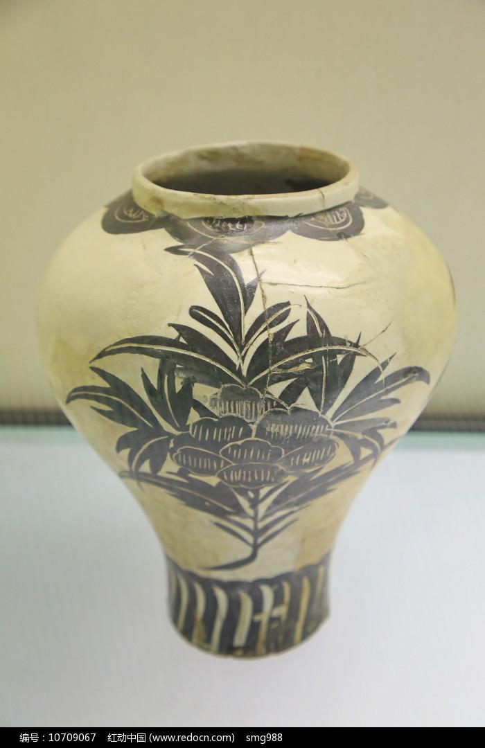白地卷草纹瓷罐金代图片