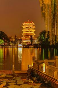 大明湖超然楼夜景