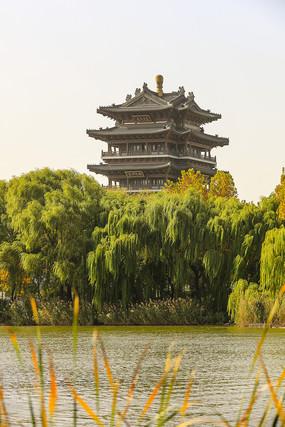 济南大明湖历史名楼超然楼