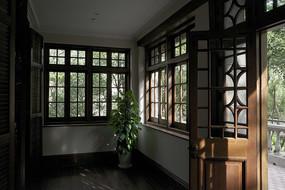 上海交响乐博物馆二层露台