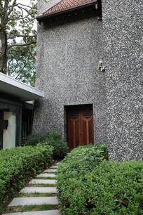 上海交响乐博物馆花园边门