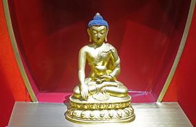清代鎏金释迦佛铜像
