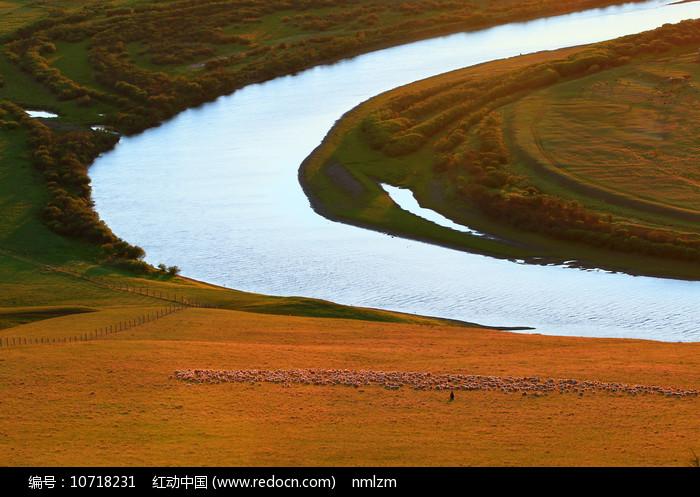 草原河流图片