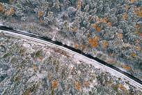 大兴安岭彩林之路雪景
