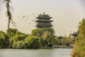 老济南大明湖公园超然楼