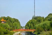 北京小月河上的彩虹桥