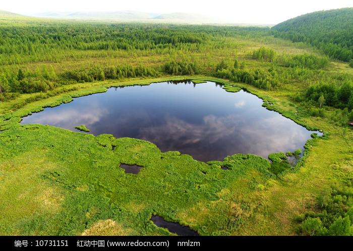 大兴安岭金河林区的马兰湖图片