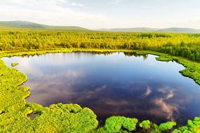 大兴安岭山林马兰湖风景