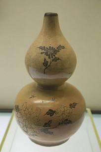 清代花卉纹葫芦瓶磁州窑