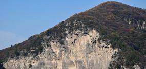 山峰上的断崖