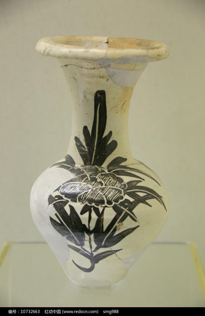 元代瓷瓶图片