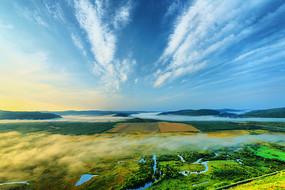 大兴安岭林区湿地云雾缥缈